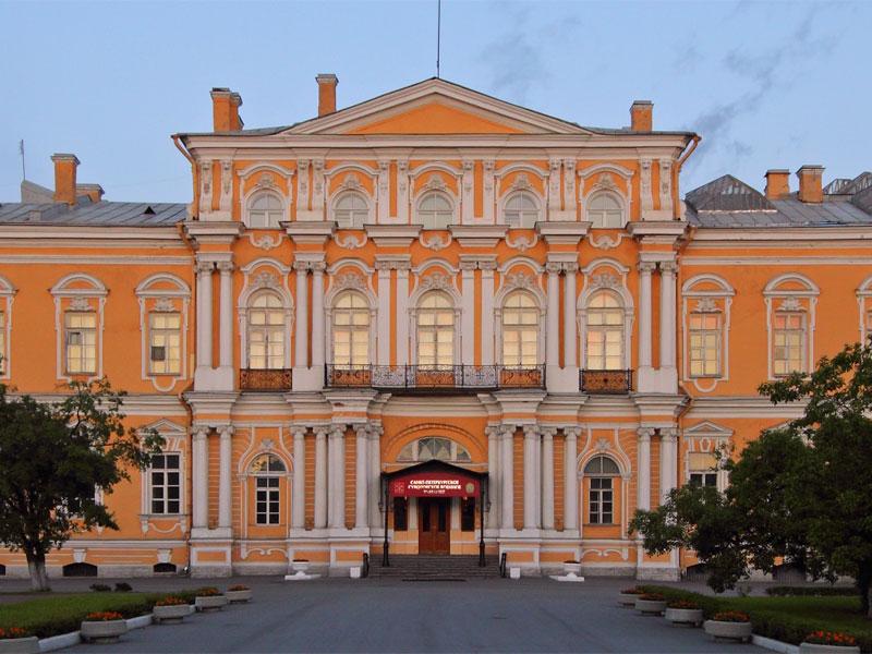 You are currently viewing Главгосэкспертиза разрешила отремонтировать дворец Воронцова в Петербурге!!!